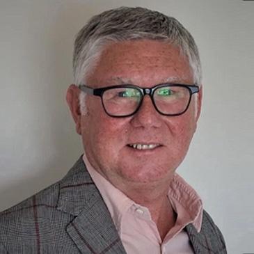 Dr Kevin Slater